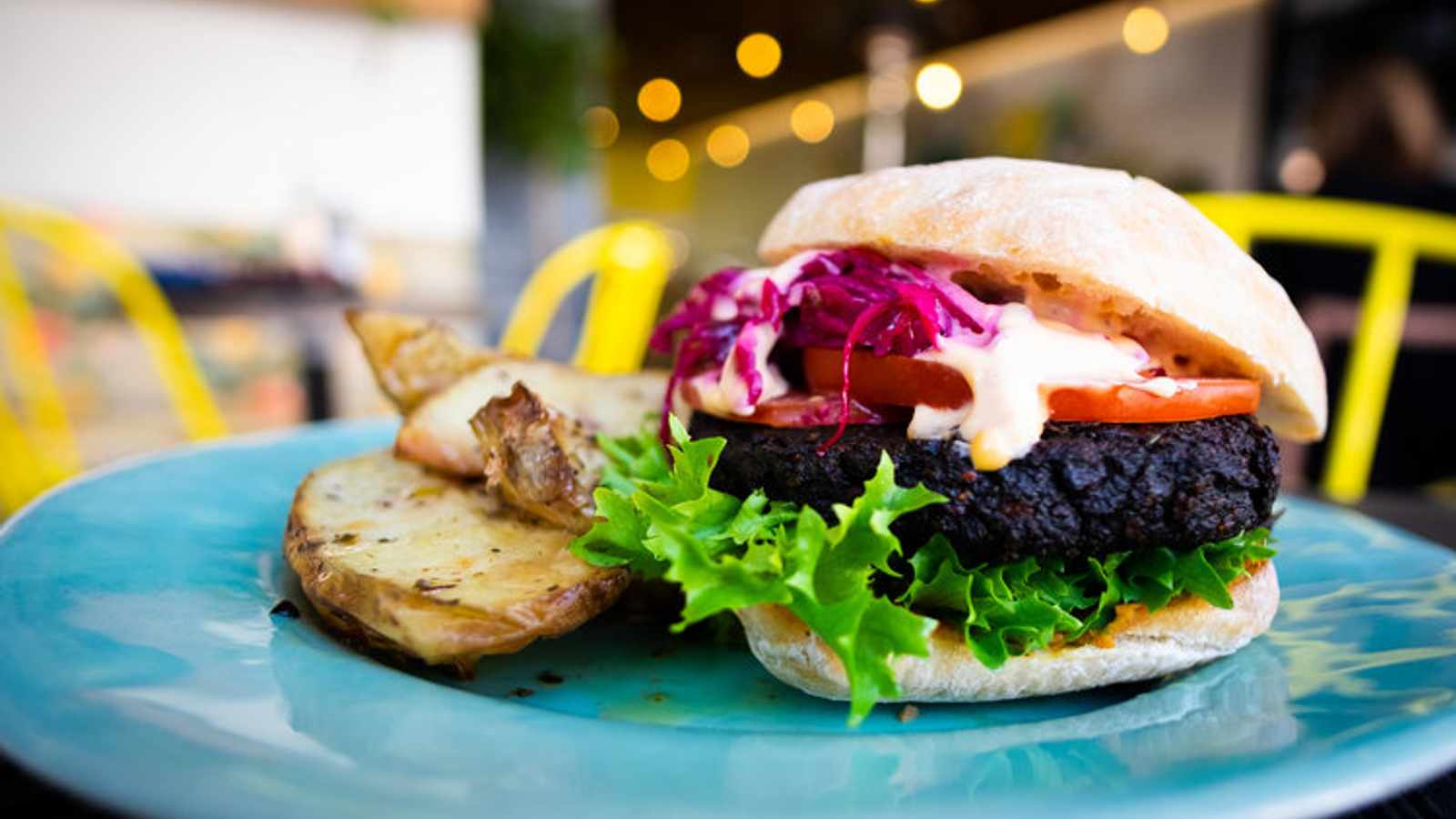 How To Eat #Plantbased When Dining Out