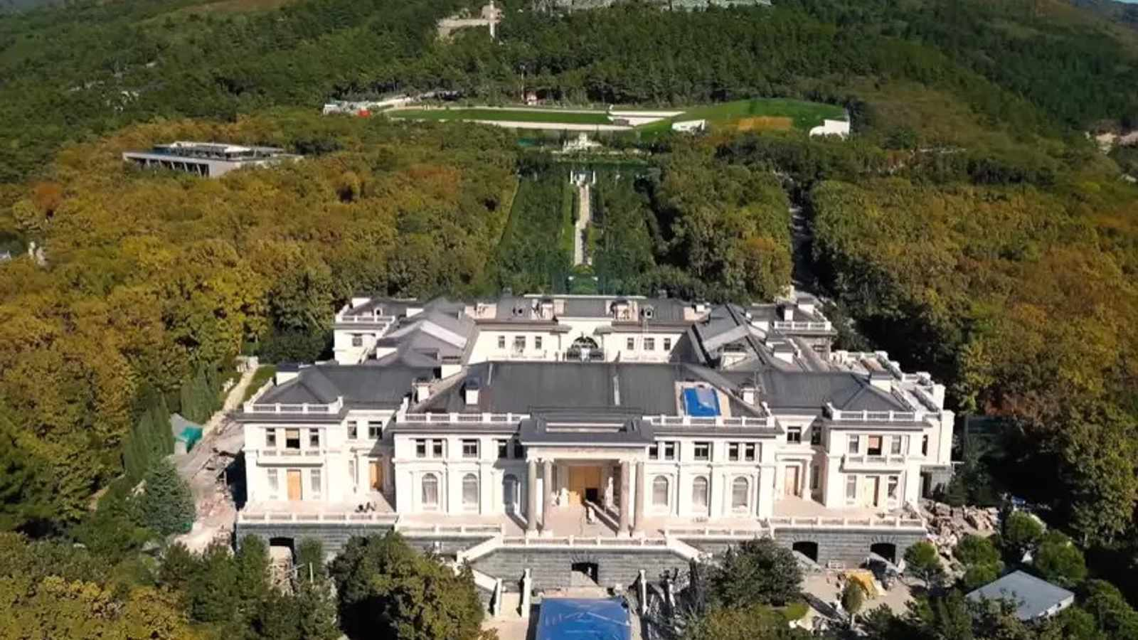 Everything we learnt about Putin's palace from Alexei Navalny's video