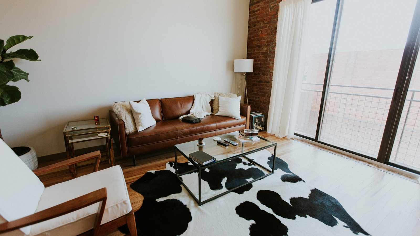 How to Clean Leather Couches, Chairs, and Other Furniture