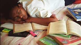 6 easy-to-follow steps for parents to help their children during exams