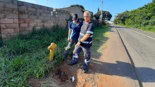 As Bluff house burns down, Durban resident raises alarm over state of city's fire hydrants