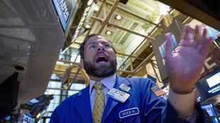 Financial Markets: How close is the USA to a crash?