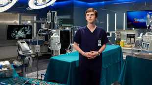 Freddie Highmore on slipping into the skin of an autistic savant surgeon in 'The Good Doctor'