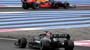 Mercedes vow maximum attack at Red Bull's home track