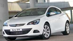 Opel's sleek Astra GTC arrives