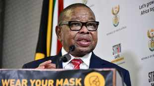 Nzimande prepares universities for 2021 with a new Covid-19 framework