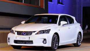 Lexus CT 200h for true greenies only
