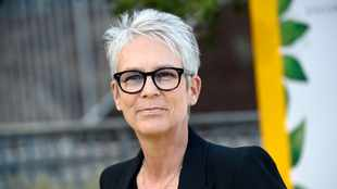 Jamie Lee Curtis praises Will Smith for flaunting his 'worst shape'