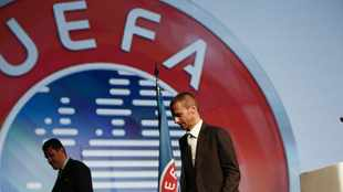 Champions- and Europa Leagues to continue with five subs this season
