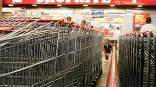 Shares in Shoprite rise on sales growth
