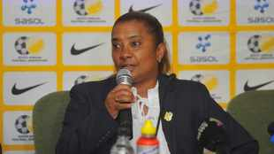 Ellis challenges Soweto giants to grow women's game