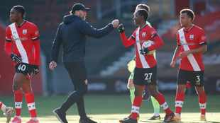 Holders Arsenal knocked out of FA Cup at Southampton, Percy Tau's Brighton through