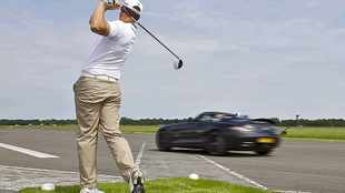 Coulthard catches golf ball at 190kmh