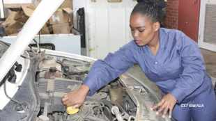 Female SAPS mechanic makes her mark in male dominated industry