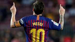 'Barcelona haven't been able to to build a competitive team for Lionel Messi'