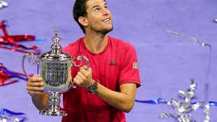 Dominic Thiem claims US Open title after thrilling fightback