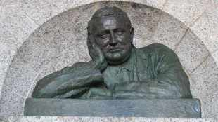 Rhodes Memorial statue's head reattached, fortified and replica made after vandalism