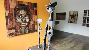 Artist puts corrugated iron on the map