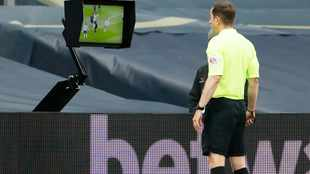 Premier League has a month to decide on handball law 'ruining the game for everybody'