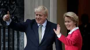British PM Johnson and EU chief seek to break Brexit impasse