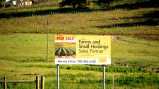 A for sale sign in the farm in Polkadraai road in Stellenbosch. Stellenbosch has seen a rise in land and farm and property for sale after the Land expropriation without compensation debate Pictures Ayanda Ndamane/African/news/agency ANA