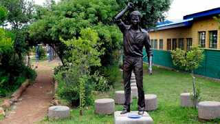 A statue of one of the 1976 Soweto Uprising leaders Tsietsi Mashinini inside Morris Isaacson high school . The statue has since been moved to a June 16 Memorial Acre in Soweto. File Picture: Picture:Dumisani Dube