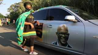 A supporter of Ace Magashule near the Bloemfontein Magistrate's Court where the ANC secretary general appeared on Friday. Picture: Timothy Bernard/African News Agency (ANA)