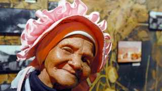 Afrikaans folk singer Grietjie from Garies with her signature pink kappie. LULAMA ZENZILE African News Agency Archive