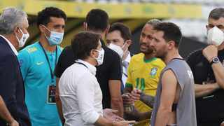 Argentina's Lionel Messi and Brazil's Neymar are seen as play is interrupted after Brazilian health officials objected to the participation of three Argentine players, who they say broke quarantine rules. Photo: Amanda Perobelli/Reuters