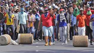 Cape Town 151113. CPUT students blocked the entrace during the protest. Picture Cindy Waxa.Reporter Argus
