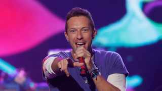 Chris Martin of Coldplay sings 'Adventure of a Lifetime' during the 2015 American Music Awards in Los Angeles, California. Picture: Reuters/Mario Anzuoni
