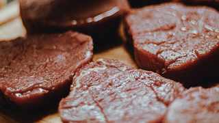 Eating rotten meat can result in many gastrointestinal problems. Picture: Marina Utrabo/ Pexels