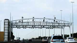 File Photo - The Opposition to Urban Tolling Alliance's (Outa) had a prima facie right to argue for a review of the e-toll project in Gauteng, a judge said. Photo: Thobile Mathonsi