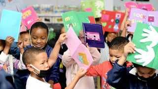 Food boxes and sensory books were handed over to excited pupils at Vergenoegd Primary School in Delft . Picture: Ayanda Ndamane/African News Agency (ANA)