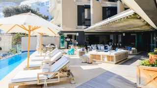 For R170 million, you could be the owner of this luxurious eight-bedroom apartment on the cliffside flanking of one of Clifton's premiere beaches. Picture: Screenshot
