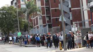 Hundreds of queue for groceries at a Spar in Durban as most shops remain closed due to the looting. File Picture: Doctor Ngcobo/African News Agency(ANA)