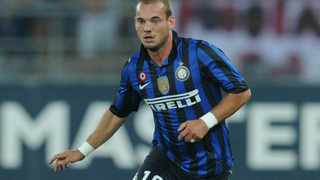 Inter Milan playmaker Wesley Sneijder has been diagnosed with a strained muscle in his right leg, ruling him out for about 20 days.