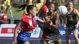 It was a titanic tussle in the U21 Division A game between Cape Town's Keesha van Schalkwyk, left, and Johannesburg 1's Panashe Chiranga. Picture: Netball SA