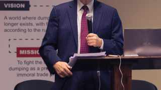 Justice Richard Goldstone delivers the keynote address at the FairPlay Social Support Summit.