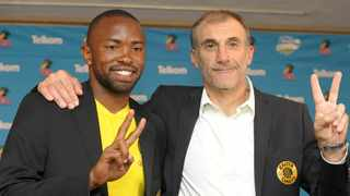 Kaizer Chiefs coach Giovanni Solinas and striker Bernard Parker show their colours ahead of the Soweto Derby against Orlando Pirates. Photo: Aubrey Kgakatsi/BackpagePix