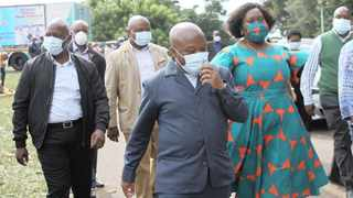 KwaZulu-Natal Premier Sihle Zikalala, the MEC for Health, Nomagugu Simelane-Zulu, and other provincial leaders thanked front-line workers fighting Covid-19 during a visit to Clairwood Hospital yesterday.   Doctor Ngcobo African News Agency (ANA)