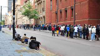 Long queues at Church Square following Sassa's announcement to its clients that the Special Covid-19 Social Relief of Distress (R350 grant) would come to an end. Picture: Oupa Mokoena/African News Agency(ANA)