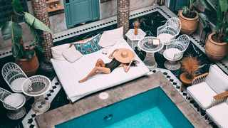 Luxury travellers want an unforgettable experience with all the fancy trims. Picture: Pexels.