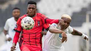Macbeth Mahlangu of TS Galaxy FC and Lelethu Skelem of Stellenbosch FC fight for the ball during their DStv Premiership match at Mbombela Stadium in Mbombela on Sunday. Photo: Dirk Kotze/Gallo Images via BackpagePix
