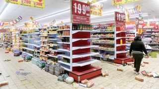 Many retail shops were closed, inter-provincial transport ground to a halt, diverse places of work were unable to open as normal; and citizens stayed at home afraid for their safety. Picture: Itumeleng English/African News Agency(ANA)
