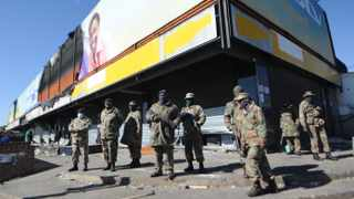 Members of the South African National Defence Force (SANDF) on patrol in Alexandra in Johannesburg. Picture Bhekikhaya Mabaso / African News Agency (ANA)