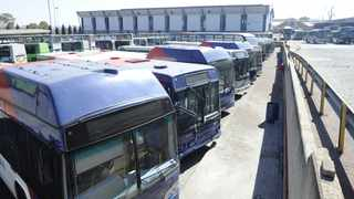Metrobus has taken Demawusa to court and the City of Joburg is putting together contingency plans to salvage the situation and ensure commuters are not stranded. Picture: Bhekikhaya Mabaso Africa News Agency (ANA)