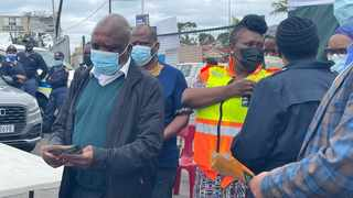 Minister of Health Dr Joe Phaahla and KZN Health MEC Nomagugu Simelane handed out pamphlets as part of their Vooma Vaccination Weekend door-to-door campaign.