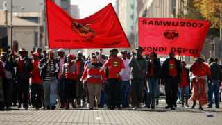 Municipal workers in the George are threatening to go on strike if negotiations over Covid-19 danger pay are not considered by the municipality. Picture: Werner Beukes/SAPA