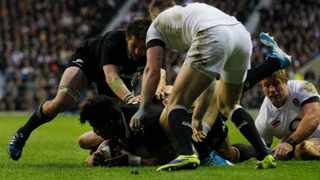 New Zealand survived an England fightback to make it 13 wins out of 13 this year with a 30-22 victory at Twickenham. Photo by: Sang Tan
